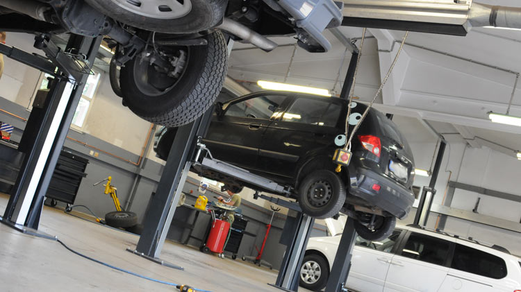 Strong B.A.N.D.S., Strong Cars - Basic Vehicle Maintenance Classes
